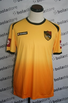Picture of Negeri Sembilan Jersey 2013 Home Original Lotto (Basic)